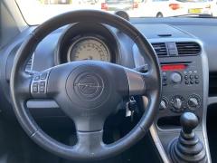 Opel-Agila-11