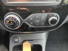 Renault-Captur-16